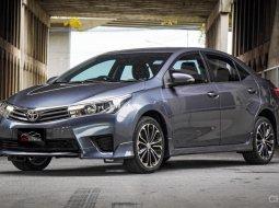 2014 Toyota Corolla Altis 1.8 ESPORT รถเก๋ง 4 ประตู