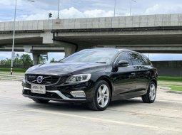 ราคาถูกสุด 2015 Volvo V60 1.6 DRIVE  รถบ้านแท้