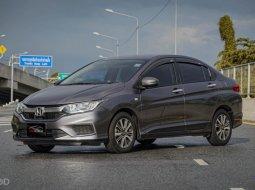 2017 Honda CITY 1.5 V+ i-VTEC รถเก๋ง 4 ประตู