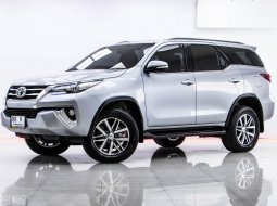 1T-40 TOYOTA FORTUNER 2.8 V 2WD เกียร์ AT ปี 2015