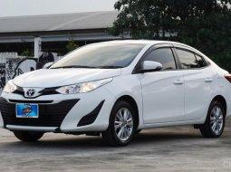 2017 Toyota Yaris Ativ 1.2 E รถเก๋ง 4 ประตู รถสวย