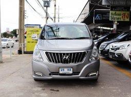 2017Hyundai H-1 2.5 Deluxe รถตู้ VAN มีรุ่นนี้ให้เลือกถึง 5คัน