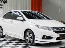🔥ฟรีทุกค่าดำเนินการ🔥  ขายรถ Honda CITY 1.5 SV i-VTEC ปี2016 รถเก๋ง 4 ประตู