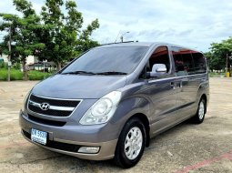 Hyundai H-1 2.5 Deluxe A/T ปี 2009