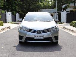 2016 Toyota Corolla Altis 1.8 E  รถเก๋ง 4 ประตู