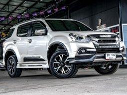 ขายรถ ISUZU MU-X 3.0 DVD TOP 4WD NAVI ICONIC 2019 AT