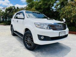 2014 Toyota Fortuner 2.5 V SUV รถบ้านแท้สภาพสวยเดิมๆๆ