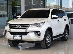 2018 Toyota Fortuner 2.8 V SUV ฟรีดาวน์ ออกรถง่าย รถบ้าน