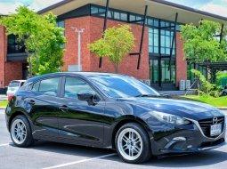 Mazda3 Sky Active 2.0 E ปี2015 สภาพใหม่มาก ไมล์90,000แท้ๆ ประวัติศูนย์ครบทุกรายการ มือแรกป้ายแดง สวย สด ไม่เคยเฉี่ยวชน การันตีสวยจริง