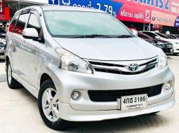 2015 Toyota AVANZA 1.5 G   รถบ้านมือเดียว