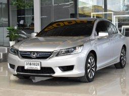 2014 Honda ACCORD 2.0 Hybrid i-VTEC รถเก๋ง 4 ประตู ฟรีดาวน์