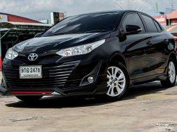 2017 Toyota Yaris Ativ 1.2 E รถเก๋ง 4 ประตู ดาวน์ 0%บริการส่งฟรี รถดี ไม่มีอุบัติเหตุ