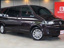 2015 Volkswagen Caravelle 2.0 TDi Van AT model top ที่สุด แตกต่างจากรุ่นก่อนชัดเจน P5989