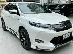 2015 Toyota HARRIER 2.0 PREMIUM  เจ้าของขายเอง