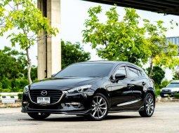 2017 Mazda 3 2.0 S Sports รถเก๋ง 5 ประตู
