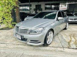 Benz c180 1800cc 7เกียร รถ4ประตู w204 ปี2012