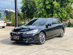 Honda Accord ไฮบริด ปี17จด18 Hybrid ฟรีดาวน์ รถมือเดียว รถเจ้าของขายเอง รถบ้าน รถเก๋งชลบุรี