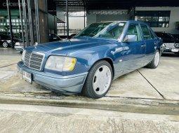 Benz e220 masterpiece w124 รถ4ประตู ปี 1996