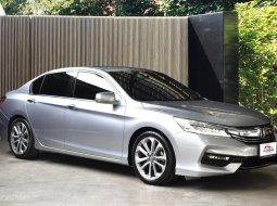 2016 HONDA ACCORD 2.0EL Navi รถสวยพร้อมใช้งาน เจ้าของดูแลรักษาอย่างดี