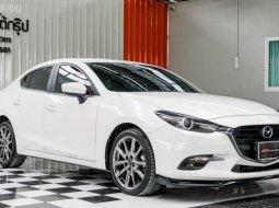 🔥ฟรีทุกค่าดำเนินการ🔥 Mazda 3 2.0 S ปี2019 รถเก๋ง 4 ประตู