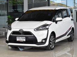 2018 Toyota Sienta 1.5 V รถตู้/MPV รถบ้านมือเดียว