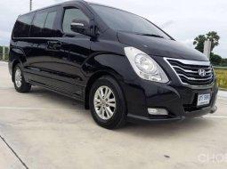 2012 Hyundai H-1 2.5 Executive รถตู้/  ออกรถง่าย