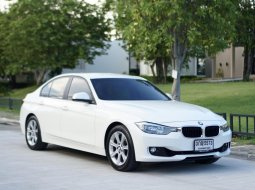 2013 BMW 320i สวยสุดๆ เช็คศูนย์ตลอด ยางใหม่ ออกรถ 0 บาท