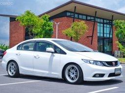 Civic fb 1.8 E top 2012 ขาวๆ คลีนๆ แต่งหล่อๆ ใสๆไม่ล้น ครบ ไม่ต้องทำไรเพิ่ม รถสวย เดิม ไม่เคยชน