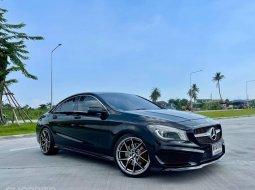 2016 Mercedes-Benz CLA250 AMG Sport Package รถเก๋ง 4 ประตู