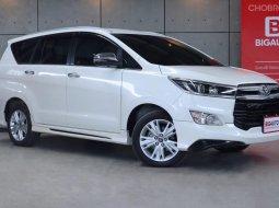 2018 Toyota Innova 2.8 Crysta V Wagon AT ออกจากศูนย์ปี 2018 เเท้ คันนี้ Full Option B7715