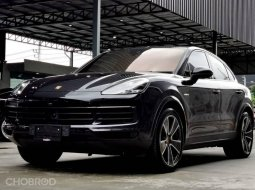2020 Porsche CAYENNE Coupe E-Hybrid  SUV