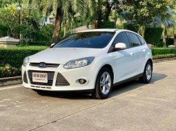2016 Ford FOCUS 1.6 Trend รถเก๋ง 5 ประตู ออกรถฟรี