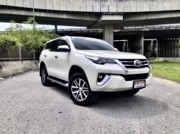 ฟอร์จูนเนอร์ วิ่งไมล์น้อยที่สุดใน ประเทศไทย 2.4 V 2WD 2019 สีขาว เครดิตดี ฟรีดาวน์