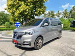 2020 Hyundai H-1 2.5 Deluxe รถตู้/VAN ไมล์ 13000 km