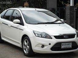 สวย สภาพนี้  รีบด่วนจ้า 2010 Ford FOCUS 2.0 Ghia รถเก๋ง 5 ประตู