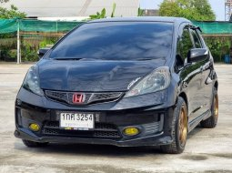 ขายรถมือสอง Honda Jazz GE  1.5 SV พลัส RS พลัส จดปี 2013