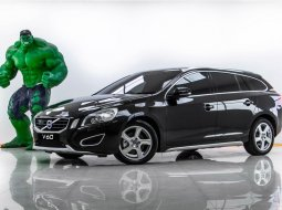 1V-25 VOLVO V60 DRIVO 1.6 DRIVE เกียร์ AT ปี 2013