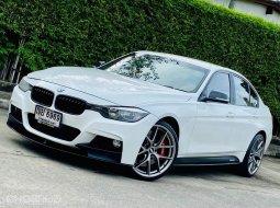 BMW 320i 2.0 M Sport รถเก๋ง ดาวน์ถูกๆ ปี 2013