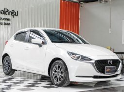 🔥ฟรีทุกค่าดำเนินการ🔥 Mazda 2 1.3 E ปี2020 รถเก๋ง 5 ประตู