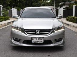 2015 Honda ACCORD 2.0 EL i-VTEC รถเก๋ง 4 ประตู
