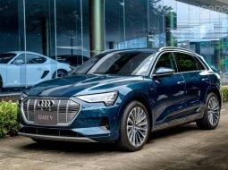 2019 Audi EV e-tron 55 quattro รถเก๋ง 5 ประตู ไมล์
