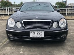 2005 Mercedes-Benz E240 2.6 Avantgarde เจ้าของเดียวออกรถเงินสดป้ายแดง