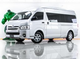 1V-49 TOYOTA COMMUTER 3.0 D4D เกียร์ AT ปี 2014