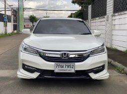 2018 Honda ACCORD 2.0 Hybrid TECH i-VTEC รถเก๋ง 4 ประตู