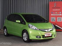 2012 Honda JAZZ 1.3 Hybrid รถเก๋ง 5 ประตู ออกรถฟรีดาวน์
