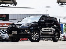 2018 Toyota Fortuner 2.4 V SUV ออกรถ 0 บาท