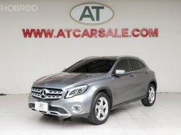 ขายรถ 2019 Mercedes-Benz GLA200 1.6 Urban รถเก๋ง 4 ประตู