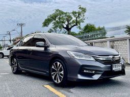 2017 Honda ACCORD 2.0 Hybrid TECH i-VTEC รถเก๋ง 4 ประตู รถสวย