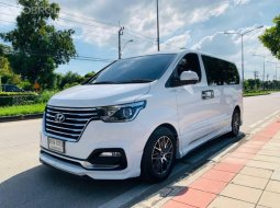 2019 Hyundai Grand Starex 2.5 VIP รถตู้/MPV รถบ้านแท้