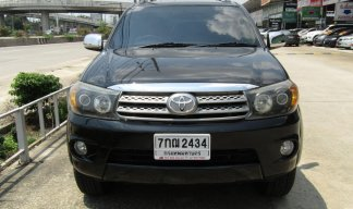 2010 Toyota Fortuner 2.7 (ปี 08-11) V SUV AT
